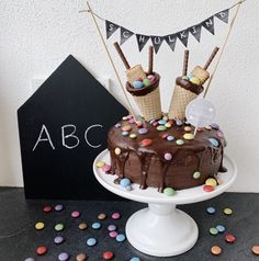 Happy Birthday Girls, Cake & Co, Baby Cooking, Fondant Cakes, Celebration Cakes, Creative Food, Cake Cookies, Kids Meals, Cake Decorating