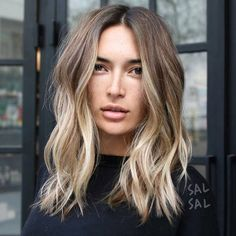 20 Cute and Easy Blonde Balayage Hairstyles – My hair and beauty Cabelo Inspo, Beachy Hair, Beachy Waves, Loose Waves, Hair Color And Cut, Hair Colour, Hair Color Balayage, Bayalage, Balayage Highlights