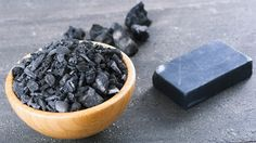 Activated charcoal is being used in cleanses to detoxify and re-energize; is it also the secret to healthy hair and skin? We think so. Try Beautycounter's charcoal bar and mask. Activated Charcoal Benefits, Charcoal Mask Benefits, Beautycounter Charcoal Bar, Raw African Black Soap, Charcoal Soap, Charcoal Teeth, Charcoal Black, Gastro, Stained Teeth