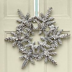Easy DIY Wintry Snowflake Wreath | Decorating Guide - Yahoo Shine