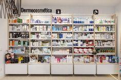 #reformafarmacia #farmacia #diseñofarmacia #tendenciasfarmacia #interiorismo #decofarmacia #farmaciasmodernas #farmaciasbonitas #diseñodefarmacia #farmacia Pharmacy