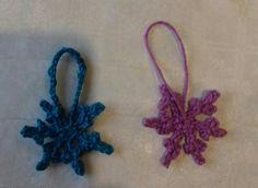Crochet snowflakes.  100%cotton small Christmas decoration. Crochet Snowflakes, Crochet Necklace, Christmas Decorations, Happy, Cotton, Ser Feliz, Christmas Decor, Christmas Tables, Christmas Jewelry