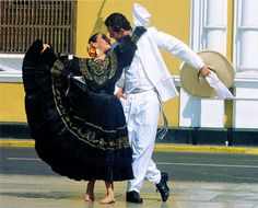 La marinera, official dance folk of Peru.