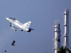 http://www.taiwanairpower.org/af/mirage/2054_takeoff.jpg