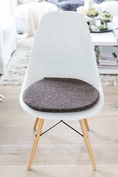 Affordable Sitzkissen Passend Fr Eames Chair In Taupe With Sitzkissen Taupe