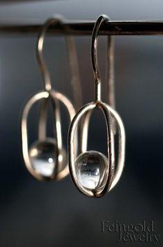 Colección de gravedad: pendientes de plata esterlina con