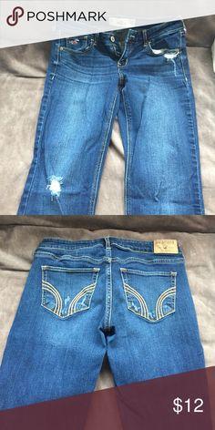 Hollister Dark Wash Jeans Hollister boot cut dark wash ripped jeans. Size 5S Hollister Jeans Boot Cut