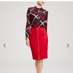 Chic Ann Taylor Refined Zip Pencil Skirt Size 12 Ann Taylor skirt in red, with gold details. Brand new and never worn, with tag. 64% polyester, 32% rayon , 4% spandex.great for all accessions amazing quality.open to any reasonable offer ☺️. Great to wear in the party's . Ask me about bundles ☺️ Ann Taylor Skirts
