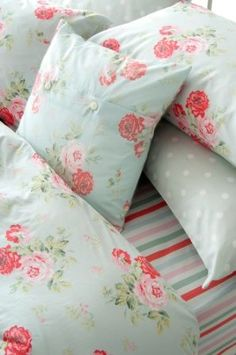CATH KIDSTON ANTIQUE ROSE SUPER KING SIZE DUVET COVER IN DUCK EGG BLUE: Amazon.co.uk: Kitchen & Home