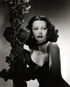 Hedy Lamarr <3 1943