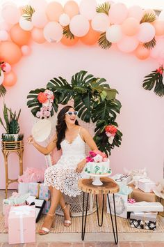 Jessica's Final Flamingle Bachelorette Party in Palm Springs Feature Tropical Bridal Showers, Tropical Party, Bachelorette Party Themes, Bachelorette Weekend, Palm Springs, Debut Party, Flamingo Party, Flamingo Pool, Flamingo Birthday