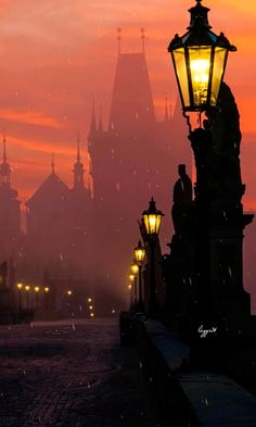 Download Animated 480x800 «Prague Charles Bridge In Fog» Cell Phone Wallpaper. Category: Architecture
