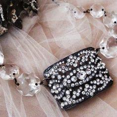 vintage crystal necklace ~ glamarella junk vintage couture