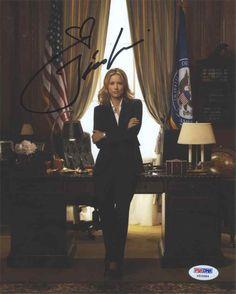 Tea Leoni Madam Secretary Signed 8x10 Photo Certified Authentic PSA/DNA