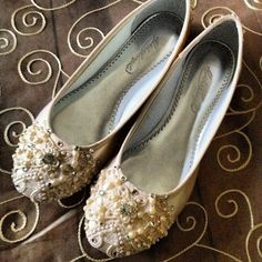 Ivory Snowflake Bridal Ballet Flats Wedding Shoes - Any Size - Pick your own shoe color and crystal color. $175.00, via Etsy.