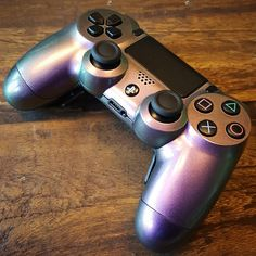 controller with chameleon paint and Shock paddles. - Playstation - Ideas of Playstation - - controller with chameleon paint and Shock paddles. Fallout, Playstation, Joystick, Dji, Ps4 Skins, Xbox Controller, Geek Games, Video Game Console, Xbox One
