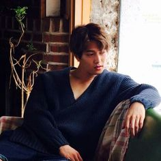 JH for Cosmopolitan Korea October Issue Lee Jong Hyun Cnblue, Cn Blue, Minhyuk, Jonghyun, Men Looks, Cosmopolitan, Sexy Men, Korea, September