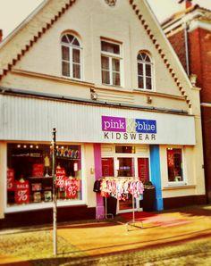 Pink and Blue Kidswear in Schüttorf