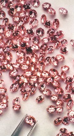 Loose Diamond : Natural fancy pink diamonds are completely natural and their color is a result o Pink Love, Pretty In Pink, Rose Gold Aesthetic, Rosa Rose, I Believe In Pink, Everything Pink, Diamond Are A Girls Best Friend, My Favorite Color, Girly Things