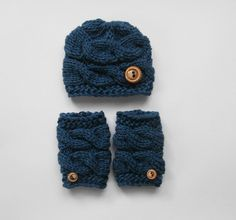 Hey, I found this really awesome Etsy listing at https://www.etsy.com/listing/123983403/knit-baby-boy-hat-and-leg-warmers