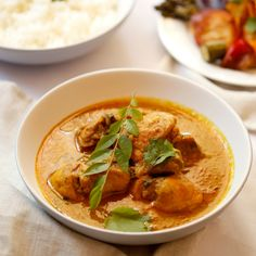 Nothing comforts like a homemade curry! Homemade Curry, Fresh Coriander, Fennel, Roast, Lunch, Chicken Curry, Dishes, Curries, Vegetables