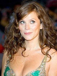 Anna Friel, Great Movies, Cool Pictures, Portrait Photography, Celebs, Prime Video, Netflix, Beautiful, Woman