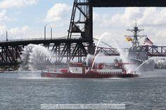 USS Dewey, Portland Fireboat, Willamette River (Photo, PortlandBridges.com)