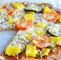 Pizza con harina Integral. Quién sigue pesando que llevando una vida saludable no puedes comer pizza? Claro que se puede y aquí te enseño cómo hacerla con ingredientes naturales y muy nutritivos