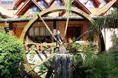 2-Natureza-e-comida-boa-perto-de-casa-fluss-haus-vargem-do-cedro-roda-dagua.jpg (850×567)