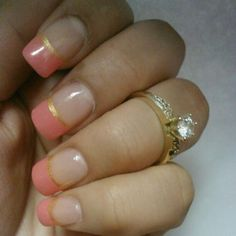 can't get over this :) simple but beautiful!  #engagementring #acrylic #nails