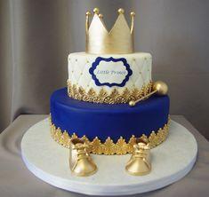 Little Prince Crown Baby Shower Cake - Kinder Torten - Baby Shower Royal Baby Shower Theme, Baby Shower Cakes For Boys, Boy Baby Shower Themes, Baby Boy Shower, Prince Themed Baby Shower, Gold Baby Showers, Baby Cakes, Baby Birthday Cakes, Prince Birthday