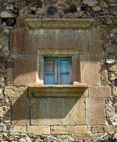 Doors or Windows...VENTANA EN LA COMARCA DE LIÉBANA