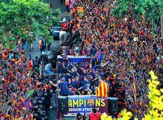 Campions: la celebració del segon triplet del Barça
