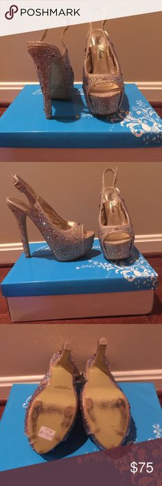Gold rhinestone pumps ❗️Only worn once ❗️❌NO TRADING❌‼️bottom is a little marked up ‼️ ✨Does come with shoebox and dust bag✨ May come off as having a unpleasant smell cause of what the show is made off Shoes Heels