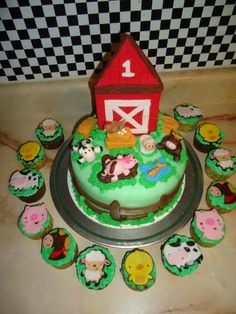 Farm Birthday Cake birthday Cake ~ Farm cake and cupcakes Farm Birthday Cakes, Girl Birthday, 9th Birthday, Birthday Ideas, Cowboy Hat Cake, Cupcake Cakes, Cupcakes, Farm Cake, Cookie Pops