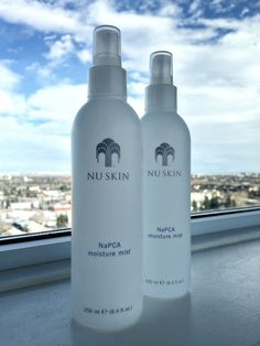 When you are out and about, it's nice to know that in one easy spray, you have given your skin a moisturising treat. Moisture Spray leaves your skin feeling refreshed. Bed Sores, Skincare Blog, Makeup Setting Spray, Mist Spray, Anti Aging Skin Care, Skin Care Tips, Mists, Messages, Cake