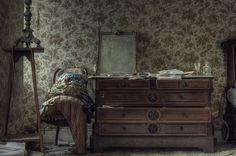 flamboyant ( explore ) | abandoned mansion bedroom decor | Flickr - Photo Sharing!