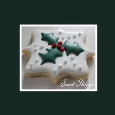 1 Dozen Christmas Cookies by SweetThingsCompany on Etsy Christmas Treats To Make, Christmas Sugar Cookies, Christmas Cakes, Holiday Cookies, Christmas Desserts, Christmas Baking, Frosted Cookies, Iced Cookies, Decorated Cookies