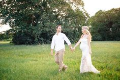 When trying to decide what to do for our maternity photo's, Tom and I thought it would be a great idea to take it back to the place where we got married. The nostalgia of walking around the p…
