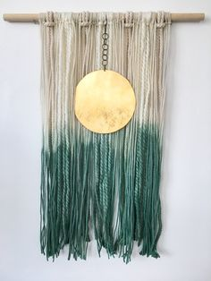 Fiber & Brass wall hanging from The Stella Blue Gallary - Macrame - Yarn Wall Art, Yarn Wall Hanging, Diy Hanging, Diy Wall Art, Framed Wall Art, Crochet Wall Art, Diy Deco Rangement, Deco Boheme, Macrame Projects
