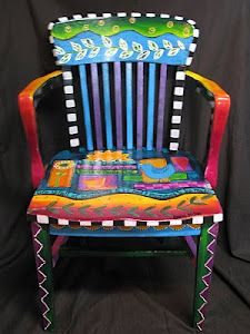 Merveilleux Artsy Painted Chair   I Have A Couple Of Chairs Shouting Out For A Nice  Makeoveru2026