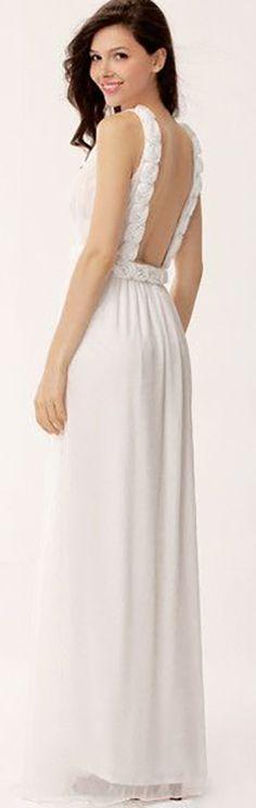 3D Rose Maxi Dress ==