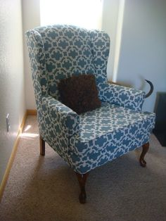 DIY: Reupholster a Chair Using Target Curtains!should I reupholster my leopard print chair? Furniture Projects, Furniture Making, Home Projects, Diy Furniture, Reupholster Furniture, Upholstered Furniture, Upholstering Chairs, Chair Upholstery, Refurbished Furniture