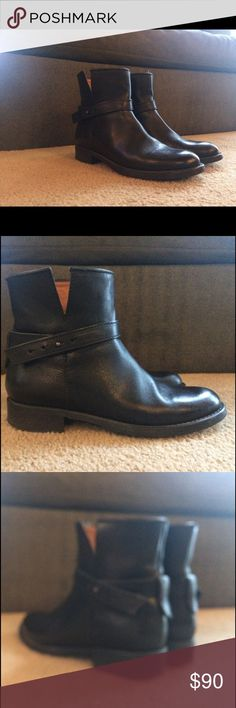 Madewell black booties size 6 1/2 Very cute black leather boots by Madewell. Barely worn. Reasonable offers accepted! Madewell Shoes Ankle Boots & Booties