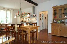 Teil des Hofensembles in Isernhagen: Küche im Wohnhaus Table, Furniture, Home Decor, Detached House, Garden Cottage, Homes, Decoration Home, Room Decor, Tables