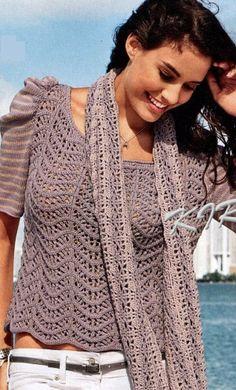 Вязаные пуловер и шарф
