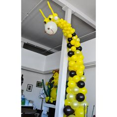 Google Image Result for http://www.balloondecorationstm.com/wp-content/uploads/2010/03/Birthday-Decorations-25-Giraffe.png