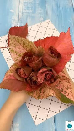 Diy Crafts For Home Decor, Diy Crafts For Gifts, Diy Arts And Crafts, Creative Crafts, Fun Crafts, Paper Crafts, Paper Flowers Craft, Flower Crafts, Diy Flowers