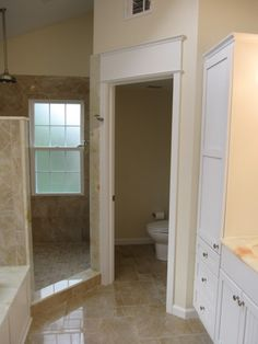 Walk in shower.  The layout of this room utilizes space very well.