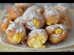 Bignole di Carnevale alla crema Italian Cookies, Italian Desserts, Just Desserts, Italian Recipes, Sicilian Recipes Authentic, Nutella, Sweet Bakery, International Recipes, Finger Foods